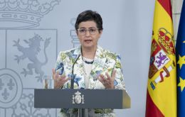 """Talks between Spain and the United Kingdom over Gibraltar continue, but there too time is running out,"" minister Gonzalez Laya told radio station RNE."