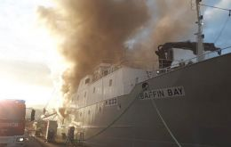 "The ""Baffin Bay"" on fire in Vigo port"