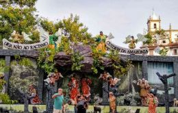 The symbolically charged nativity scene is in Rio de Janeiro's Gloria square, close to the Church of the Sacred Heart