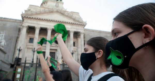 Argentine Senate debates abortion bill on Tuesday; tight vote but with good chances of passing