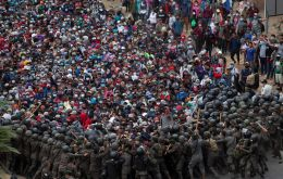Guatemala said the road in the eastern part of the country reopened to traffic after troops with batons and plastic shields closed in on the migrants