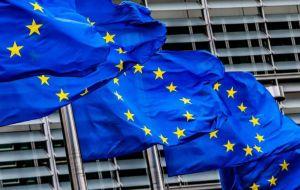 Los cancilleres de la Unión Europea dijeron que la única forma de salir de la crisis en Venezuela es reanudar rápidamente las negociaciones políticas y establecer rápidamente un diálogo liderado por Venezuela.