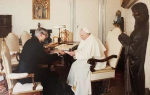 En una entrevista con el periodista y médico argentino Nelson Castro en el Vaticano en febrero de 2019, el Papa dijo que está considerando la muerte, pero que no le teme.