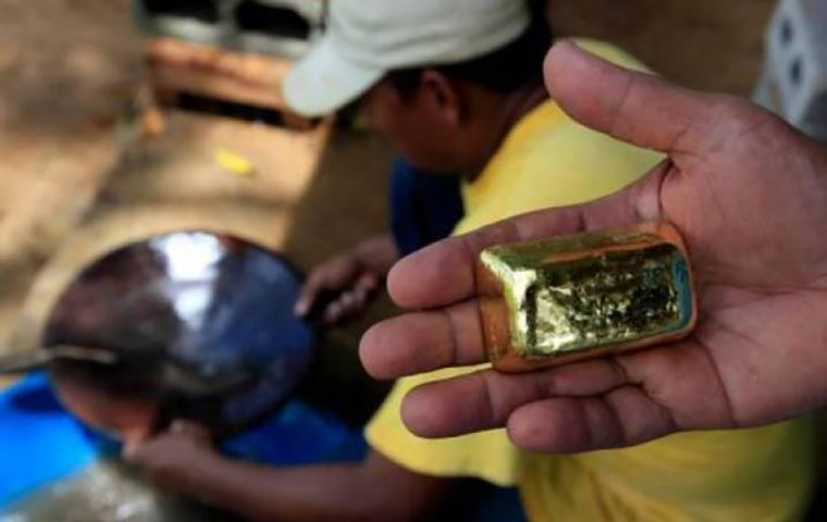 A gram of gold is often easier for armed groups to transport than a gram of cocaine, Colombia's mines and energy minister, Diego Mesa said