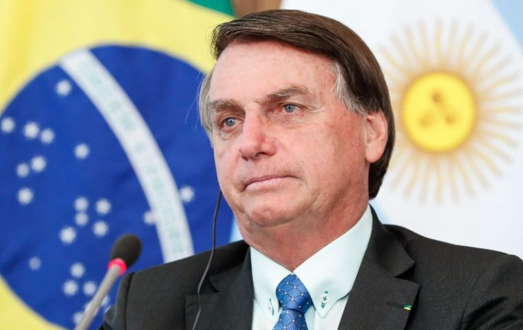 Last month Argentine ambassador in Brazil, Daniel Scioli anticipated that Bolsonaro was prepared to travel to Argentina to meet his peer