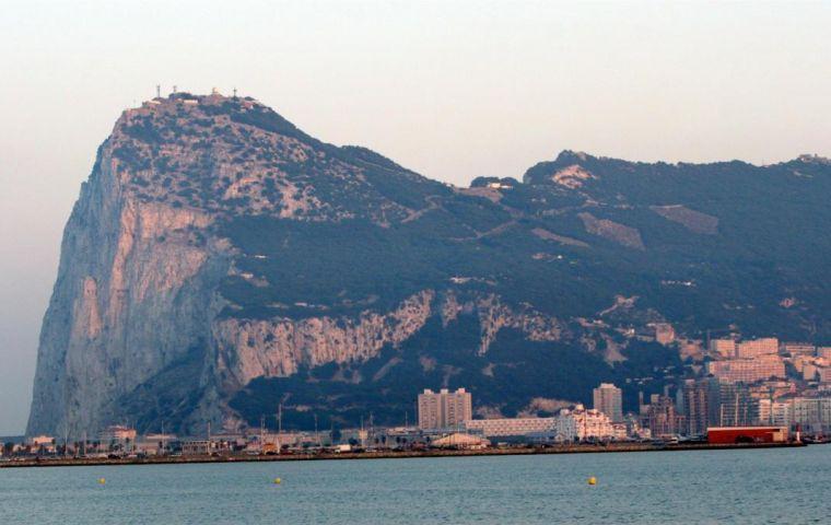 El acuerdo se firmó el 4 de marzo de 2019.  Esta es la primera vez en más de 300 años entre Inglaterra y España con respecto a Gibraltar.