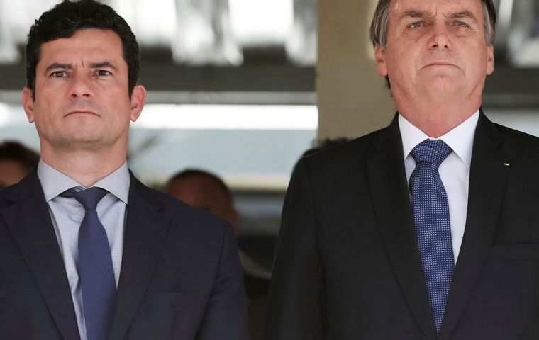 Moro accepted Bolsonaro's offer to become Justice Ministr, thus demonstrating his partiality towards The PT leader.