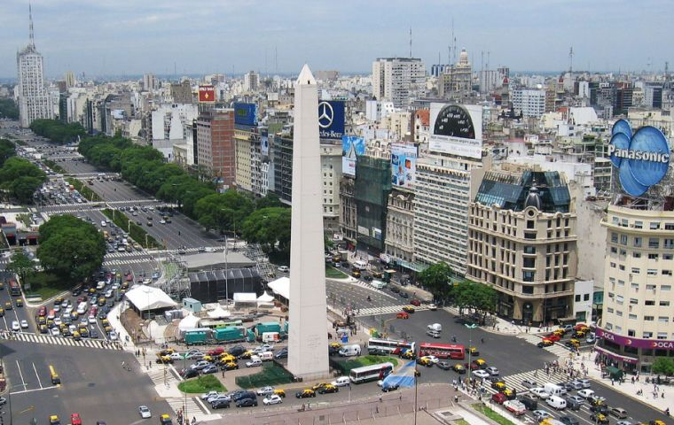 The new measures are to focus on the Buenos Aires Metropolitan Area (AMBA) and other large cities in the country.