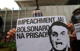 Podľa nového podania Bolsonaro údajne spáchal 23 trestných činov