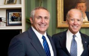 Mark Stanley, el nuevo embajador de Estados Unidos en Argentina con Pte.  Joe Biden