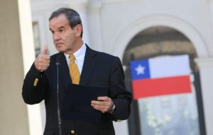 Chilean foreign minister Andres Allamand