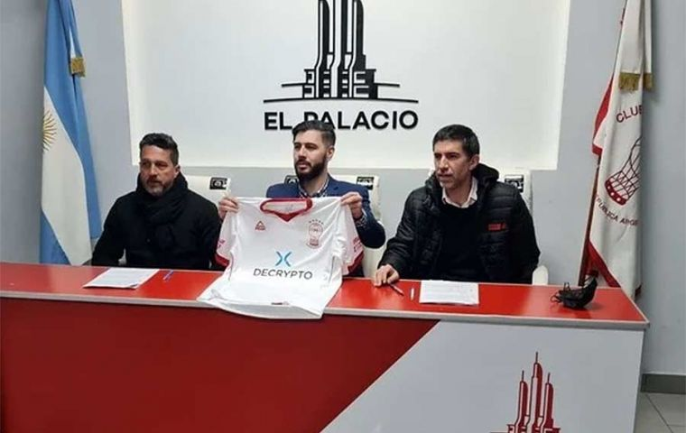 Huracán players will be offered to collect their salaries through the platform