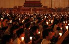 The candlelight vigil in Hong Kong attracted an estimated 150.000 people