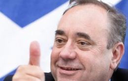 Scottish leader Alex Salmond; polls showed support for Scottish independence is stronger among English voters than it is among Scots