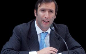 Economy minister Lorenzino: 'vulture funds' won't prevent Argentina from honouring commitment to bondholders who agreed to debt restructuring