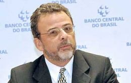 Central bank official Maciel confident FDI will help keep the index at 3.6%, because of a weaker Real