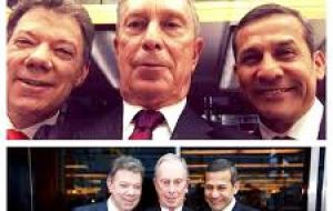 A 'selfie' of Bloomberg with the presidents of Colombia, Santos and Perú's Humala