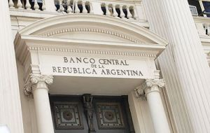 The central bank international reserves now stand at 27.944bn dollars, down 99m from Friday