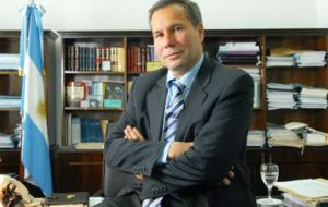 It's almost three months since the death of special prosecutor Nisman and the case has not advanced much because of the ongoing legal objections
