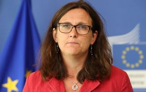 "EU Trade Commissioner Malmstrom said the arrival of the Macri administration in Argentina opened a ""new, unique window of opportunity"" for negotiations"