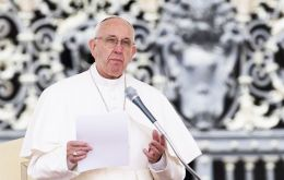 Pope Francis allows priests to pardon abortion seekers
