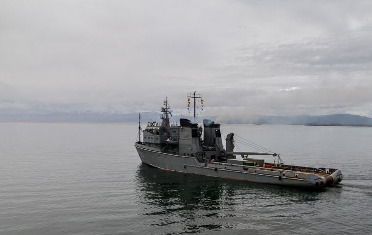 """ARA Islas Malvinas has left the naval base of Ushuaia to join the search and is carrying on board the Russian ROV (remotely operated vessel) Panther Plus"""